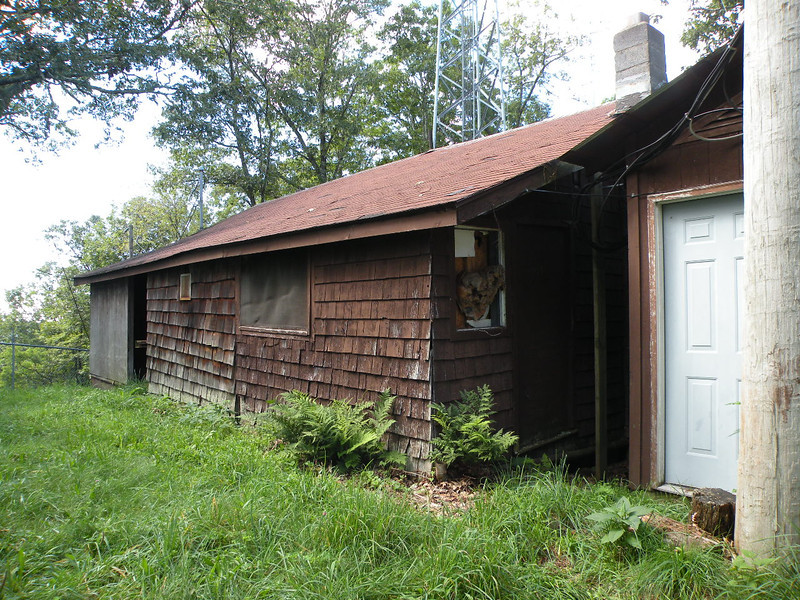 Watchman's Cabin at Barnett Knob Tower